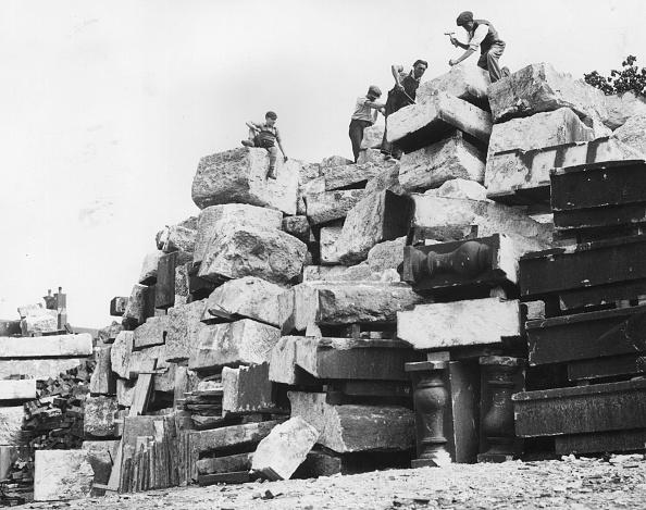 Demolishing「Stone Salvage」:写真・画像(18)[壁紙.com]