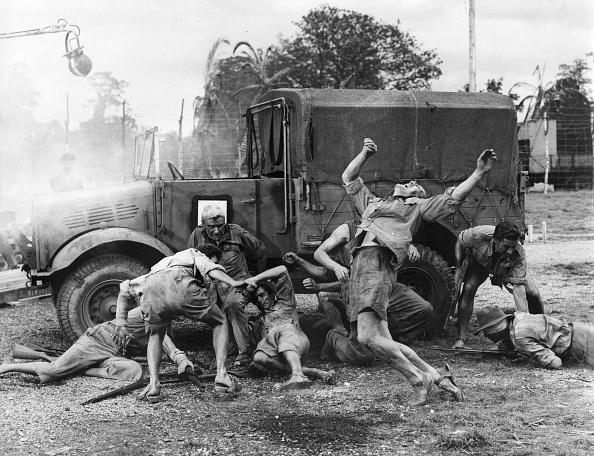 1950-1959「Filming War Film」:写真・画像(19)[壁紙.com]