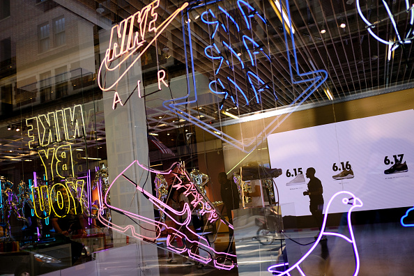 Store「Nike To Lay Off 2 Percent Of Global Workforce Amid Drop In Sales」:写真・画像(14)[壁紙.com]