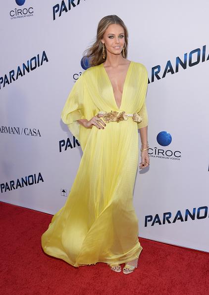 "Yellow Dress「Premiere Of Relativity Media's ""Paranoia"" - Arrivals」:写真・画像(7)[壁紙.com]"