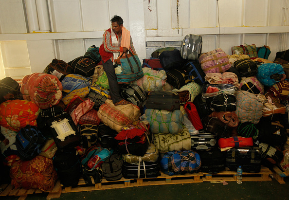 Journey「Aid Ship Arrives From Misurata With Evacuees From Libyan War」:写真・画像(19)[壁紙.com]