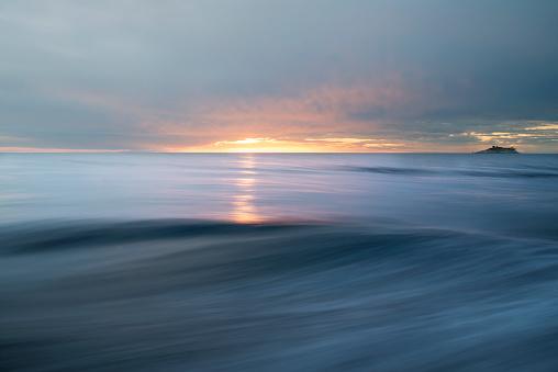 パステル「抽象的な海と空の背景」:スマホ壁紙(9)