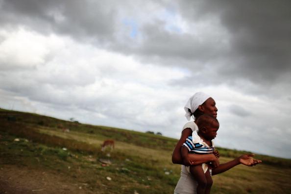 Grass Family「Haitians Live Precarious Existence on DR Agricultural Plantations」:写真・画像(19)[壁紙.com]