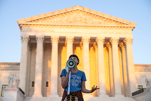 Law「Protest Held Outside Supreme Court Against Texas Abortion Law」:写真・画像(3)[壁紙.com]