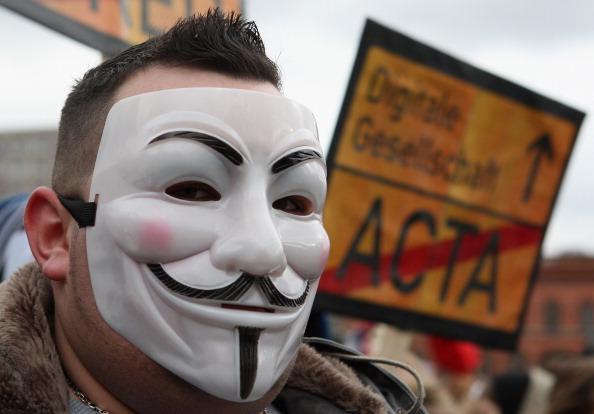 Adam Berry「Activists Protest ACTA Proposal」:写真・画像(16)[壁紙.com]