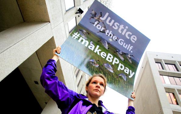 Deepwater Horizon「Civil Suit Against BP For Gulf Oil Spill Begins」:写真・画像(7)[壁紙.com]
