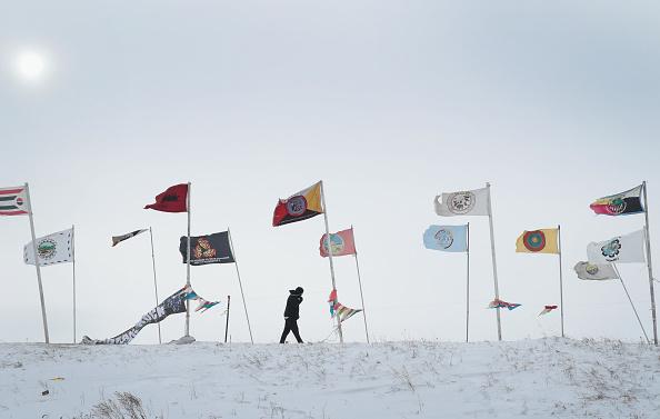 政治と行政「Dakota Pipeline Access Project Protesters Brave Frigid Weather To Continue Encampment」:写真・画像(16)[壁紙.com]