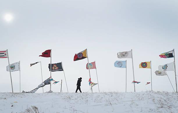 Dakota Pipeline Access Project Protesters Brave Frigid Weather To Continue Encampment:ニュース(壁紙.com)