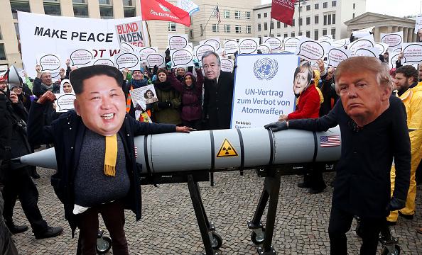USA「Activists Protest U.S.-North Korean Nuclear Tensions」:写真・画像(8)[壁紙.com]