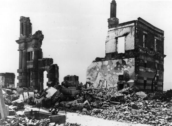 Exploding「Damaged Building.」:写真・画像(16)[壁紙.com]