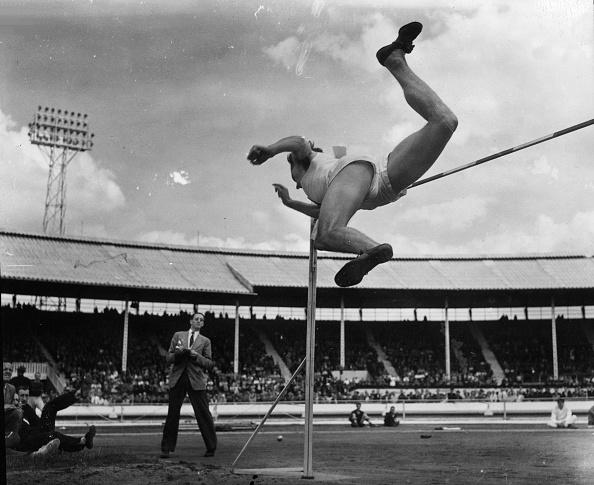 Monty Fresco「White City High Jump」:写真・画像(6)[壁紙.com]