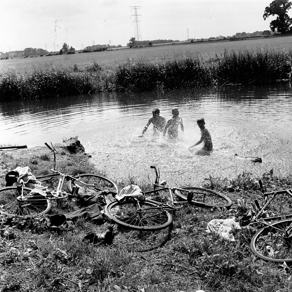 Splashing「River Games」:写真・画像(12)[壁紙.com]