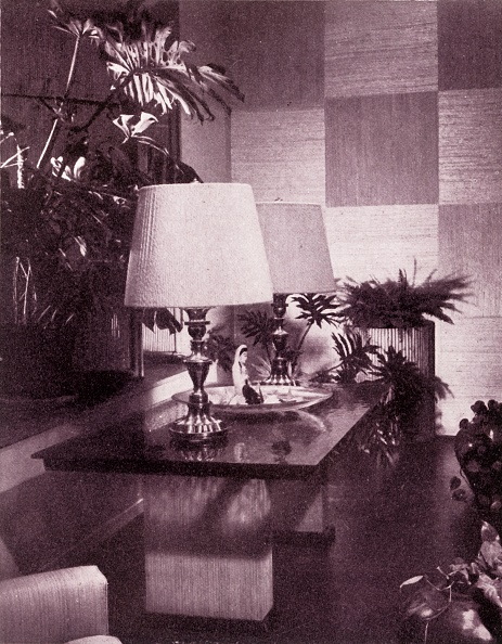 Lamp Shade「Corner Of A Large Living-Room」:写真・画像(12)[壁紙.com]