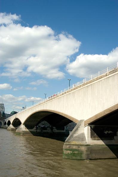 Concrete「Waterloo Bridge」:写真・画像(11)[壁紙.com]