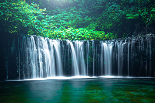 River「Waterfall in Karuizawa, Japan」:スマホ壁紙(12)