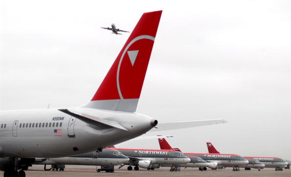 Showing Off「Northwest Airlines Introduces New Design」:写真・画像(13)[壁紙.com]