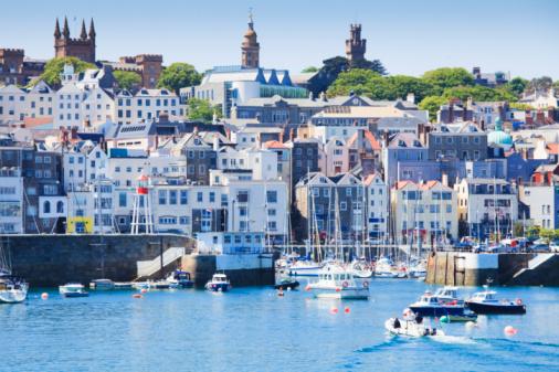 Townscape「St. Peter Port, Guernsey」:スマホ壁紙(17)