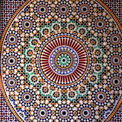 Atlas Mountains「カラフルなタイルで美しい噴水タウリルトのカスバ,Morocco」:スマホ壁紙(15)
