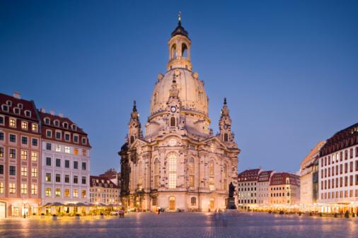 Munich「Frauenkirche at dusk」:スマホ壁紙(15)