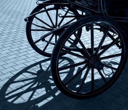 Horse-drawn carriage「歳の車輪と影」:スマホ壁紙(3)