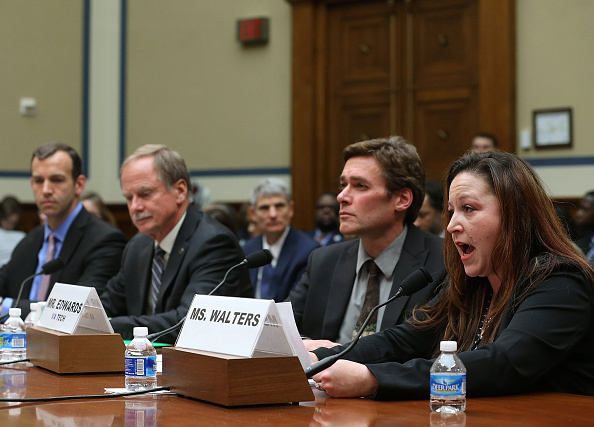 Water「House Committee Holds Hearing On Flint Water Contamination」:写真・画像(2)[壁紙.com]