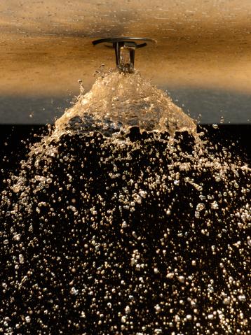 Sprinkler「 Fire Sprinkler Spraying」:スマホ壁紙(17)