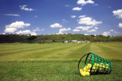 Green - Golf Course「Practice Golf Balls and Bucket at Driving Range」:スマホ壁紙(4)