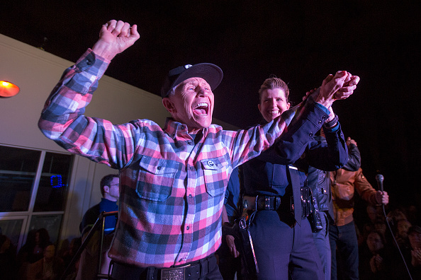 Black Color「50th Anniversary Of L.A.- Area LGBT Landmark , Black Cat Tavern Celebrated With Rally」:写真・画像(11)[壁紙.com]