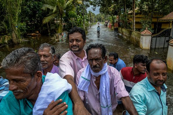 Atul Loke「Floods Hit Southern Indian State of Kerala」:写真・画像(18)[壁紙.com]