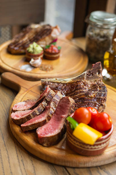 Rib eye steak:スマホ壁紙(壁紙.com)