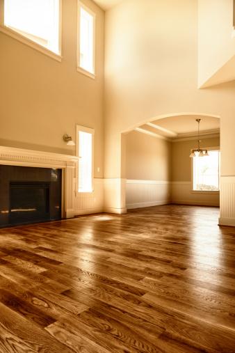 胡桃「新しいホームインテリアのリビングルームの暖炉のある木製の床」:スマホ壁紙(18)