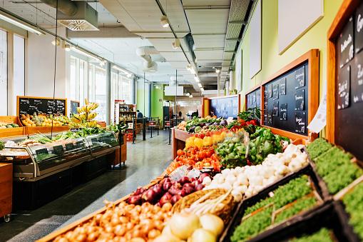 Supermarket「The Vegetable Aisle At Supermarket」:スマホ壁紙(17)