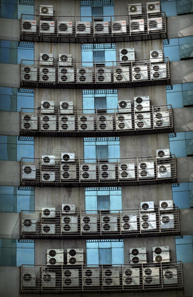 Wind「Wall Of Air Conditioners In Fuzhou」:写真・画像(1)[壁紙.com]