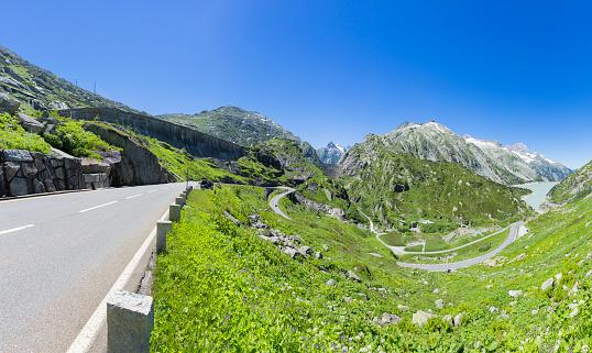 乗り物・交通「グリムゼル峠 - スイス」:スマホ壁紙(0)