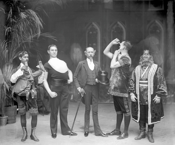 サーカス「Barnum's Freaks」:写真・画像(1)[壁紙.com]