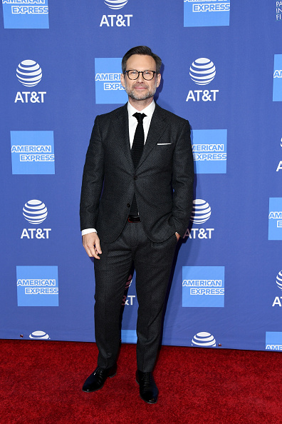 Black Suit「30th Annual Palm Springs International Film Festival Film Awards Gala - Arrivals」:写真・画像(4)[壁紙.com]