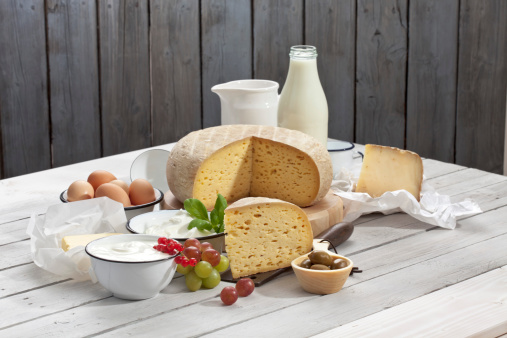 Loaf of Bread「Dairy products on wooden table」:スマホ壁紙(0)