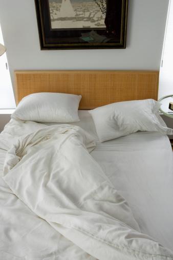 Duvet「Unmade bed」:スマホ壁紙(0)
