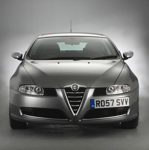 Facade「2007 Alfa Romeo GT」:写真・画像(14)[壁紙.com]