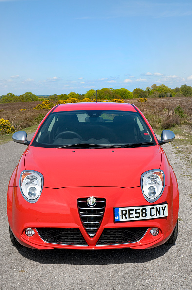 Country Road「2009 Alfa Romeo MiTo」:写真・画像(18)[壁紙.com]