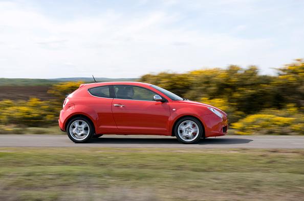 Motion「2009 Alfa Romeo MiTo」:写真・画像(19)[壁紙.com]