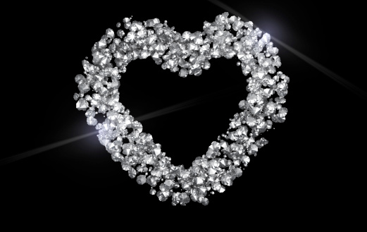 ハート「輝くダイヤモンドハートを黒色の背景」:スマホ壁紙(10)