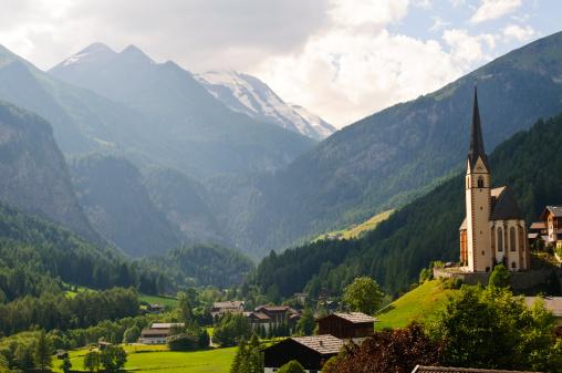 Hohe Tauern Range「Austrian landscape and church in Heiligenblut」:スマホ壁紙(9)
