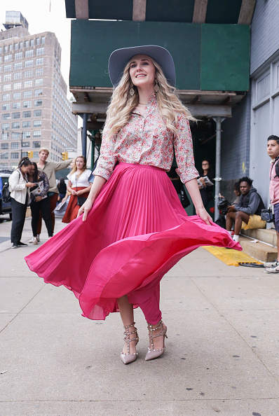 Achim Aaron Harding「Street Style - New York Fashion Week September 2018 - Day 4」:写真・画像(6)[壁紙.com]