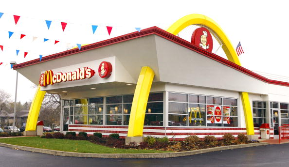 Arch - Architectural Feature「McDonald's To Close Restaurants」:写真・画像(9)[壁紙.com]