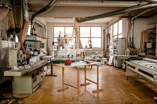 Industry「Carpentry workshop」:スマホ壁紙(12)