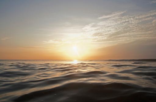 Twilight「Sunset at Sea」:スマホ壁紙(1)