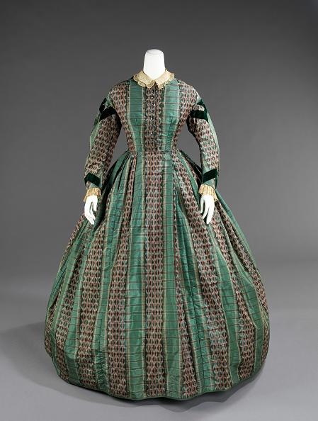 Ikat「Dress」:写真・画像(3)[壁紙.com]
