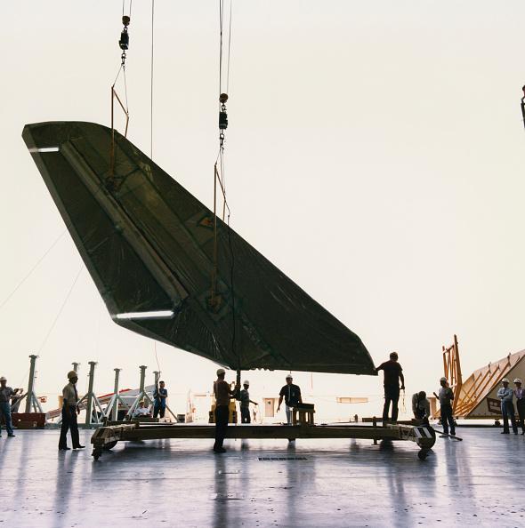 Space Shuttle Endeavor「Building The Endeavour」:写真・画像(3)[壁紙.com]