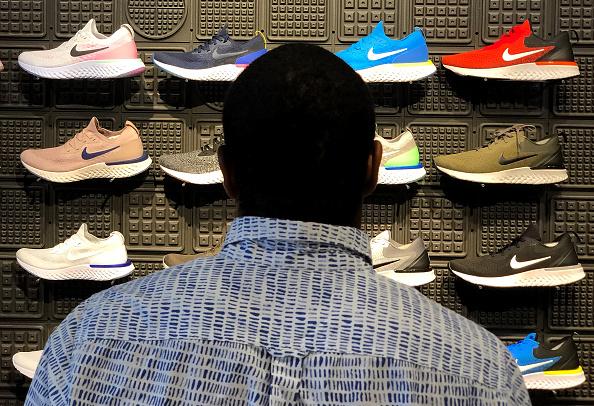 Sports Shoe「Ex-Employees File Gender Discrimination Lawsuit Against Nike」:写真・画像(13)[壁紙.com]